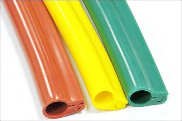 卡扣式硅橡胶绝缘护套管